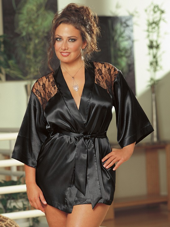 Plus Size Lace Back Robe Set