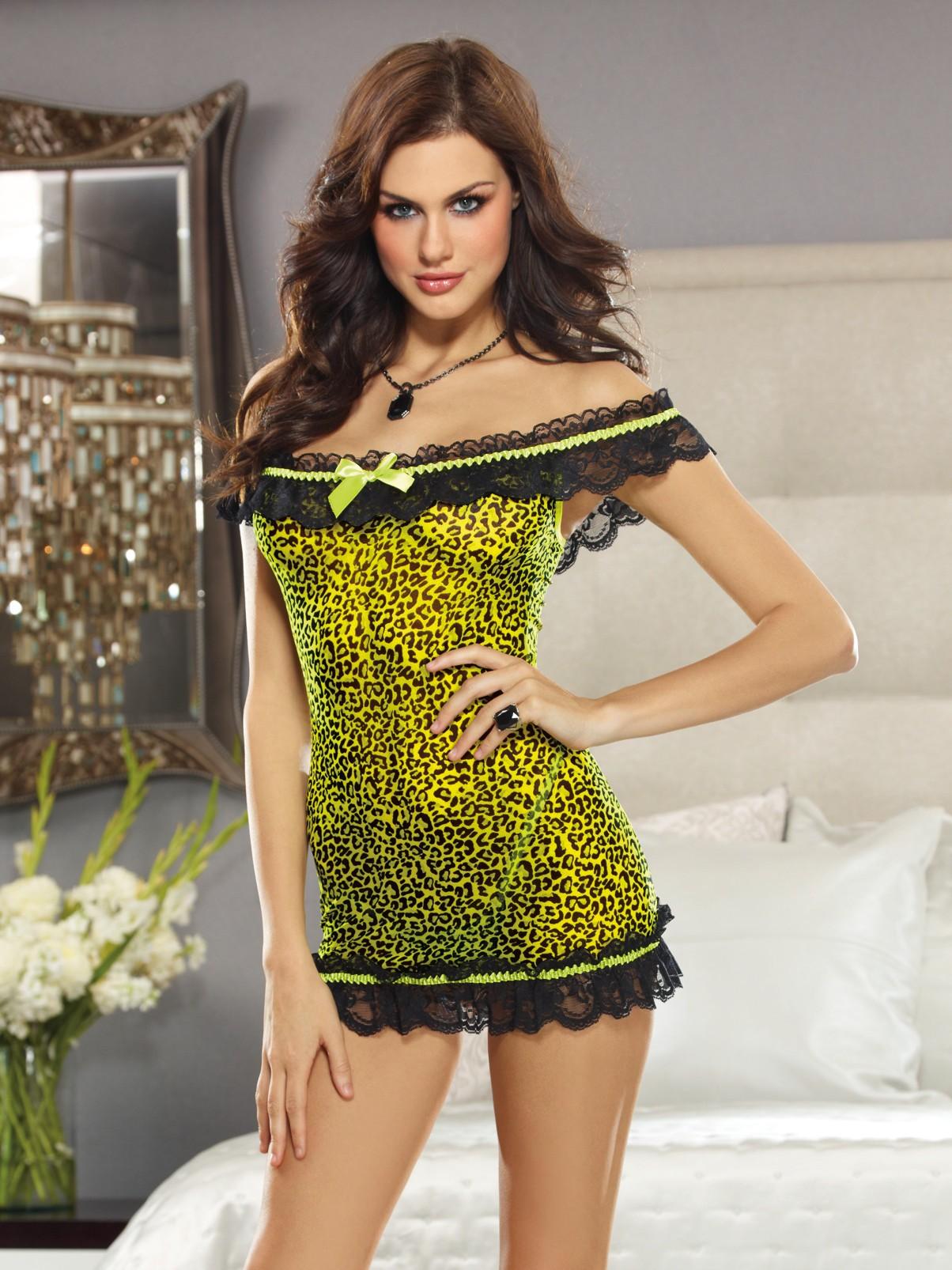 Off Shoulder Leopard Print Babydoll Set