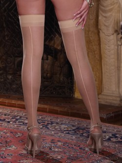 Moulin Plus Size Backseam Thigh Highs